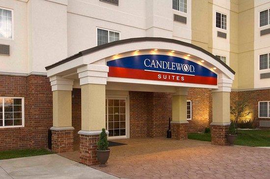Candlewood Suites Indianapolis Northwest: Entrance