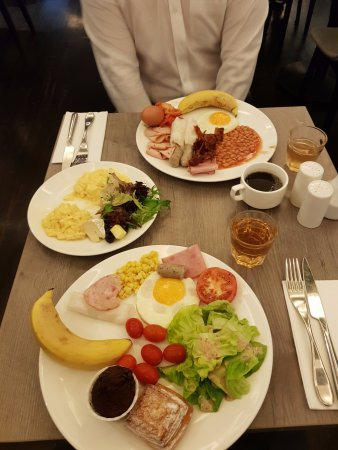 Oasia Hotel Novena, Singapore by Far East Hospitality : 최고의 조식