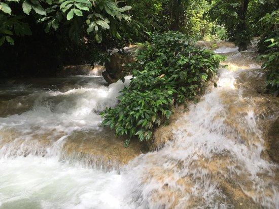 Thanh Hoa, Vietnam: Hieu瀑布