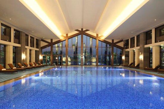 Jiaxing, الصين: Indoor Swimming Pool 