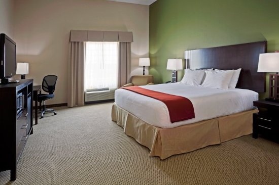 Holiday Inn Express Lake Wales N - Winter Haven: King Bed Guest Room