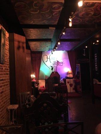 Placerville, Californië: H.Art Lounge