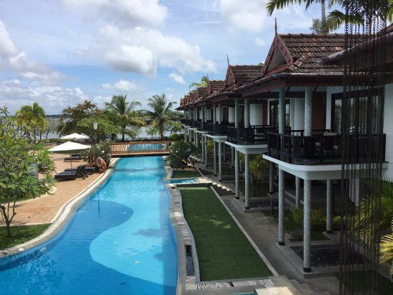 Ramada Resort Cochin: cottages