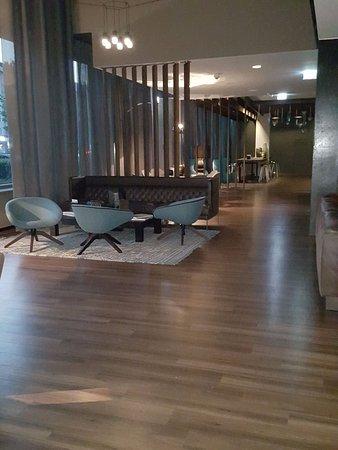 Motel One Munich - Campus: lounge