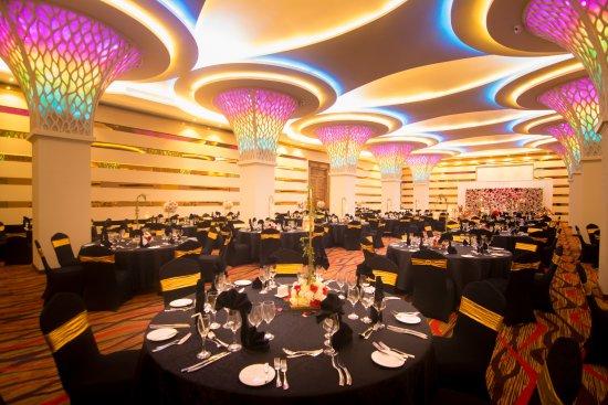 Banquet Halls Windsor Ballroom Picture Of The Golden Crown