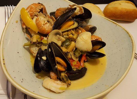 Stranraer, UK: Henrys Bay House Restaurant