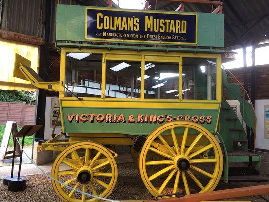 Frettenham, UK: Part of the displays horse pulled bus