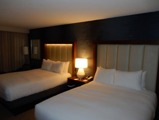 DoubleTree by Hilton Hotel Boston - Andover Photo