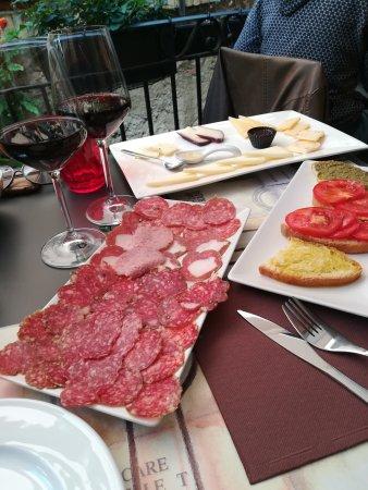 Spello, Italia: IMG_20170930_125209_large.jpg
