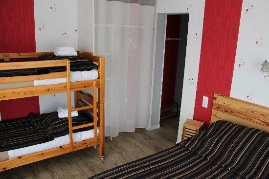 au petit bonheur hotel la tranche sur mer france voir les tarifs et 34 avis. Black Bedroom Furniture Sets. Home Design Ideas
