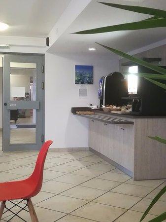 brit hotel tours nord france voir les tarifs 11 avis et 31 photos. Black Bedroom Furniture Sets. Home Design Ideas