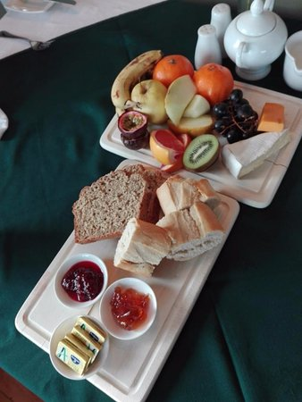 Renvyle, Ireland: This is the pre-breakfast offering before you even order anything!