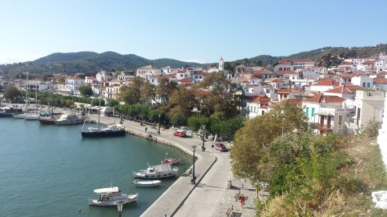 Skopelos Town Restaurants