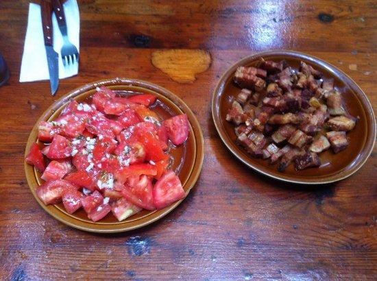 Trillo, Hiszpania: Tomates aliñados y Torrendillos