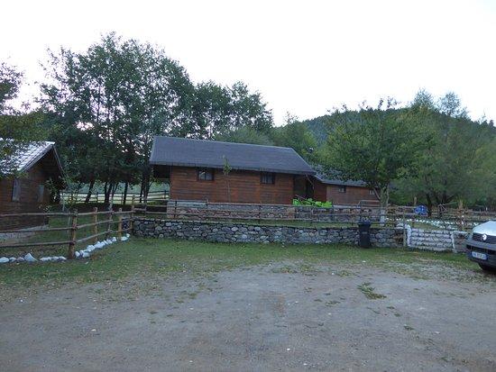 Erseke, Albânia: Cabins