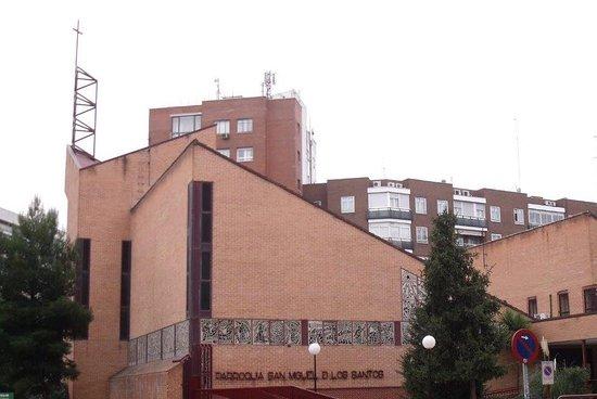 Parroquia de San Miguel de los Santos.