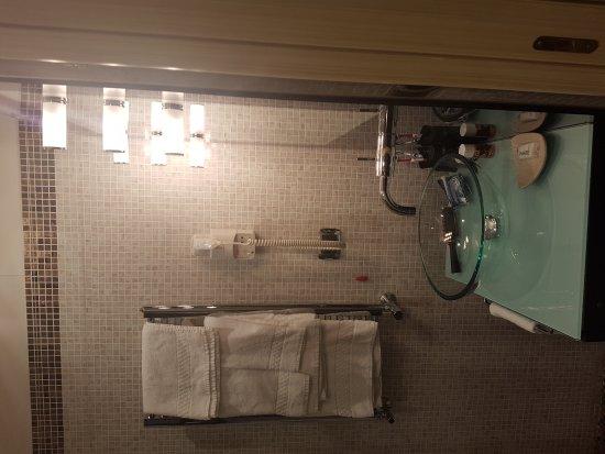 Al Viminale Hill Inn & Hotel: 20170923_222248_large.jpg