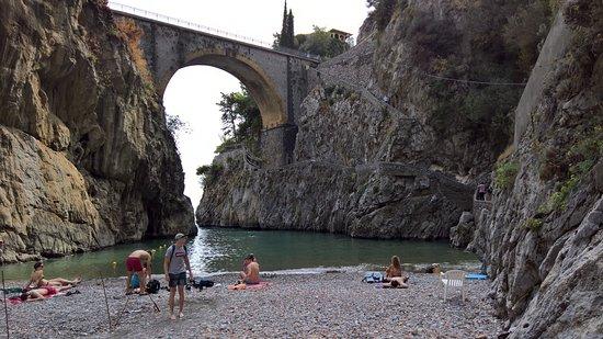 Fiordo di Furore, Italy: la spiaggia