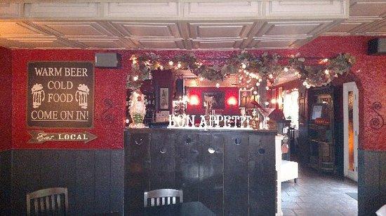 Montgomery, NY: Bar area