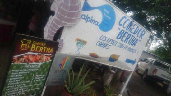 Las Penitas, Nikaragua: Comedor Bertha
