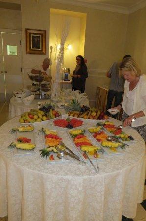 Grand Hotel Palazzo: Breakfast
