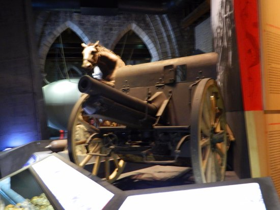 Museo In Flanders Fields: One of the guns