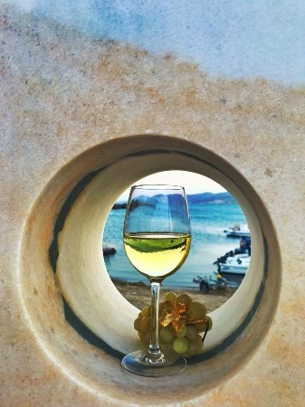 Pounta, Grecia: received_1532590270164945_large.jpg