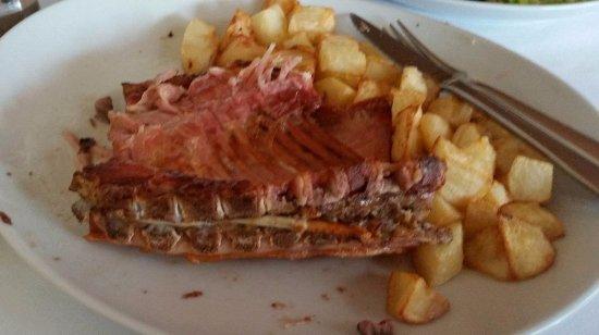 Es Llombards, Ισπανία: Fleisch muss man erst suchen.