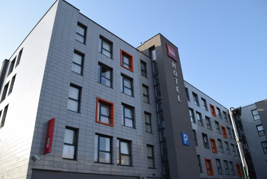 Отель Ibis Kaunas Centre: 大きなホテルです。