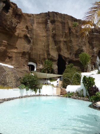 Lagomar Museum : pool