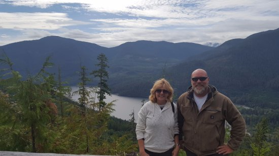 Port Alberni, Canada: My wife with our guide Blaine.