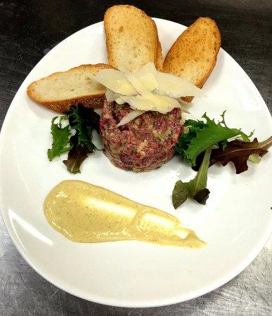 Livingston, NJ: steak tartare