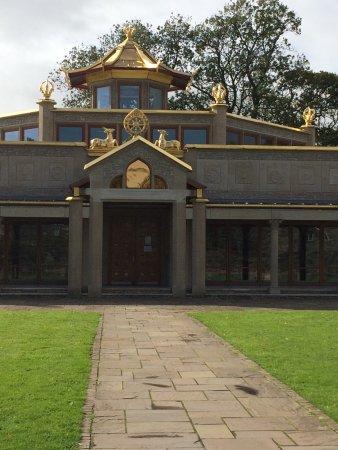 Manjushri Kadampa Meditation Centre: Beautiful