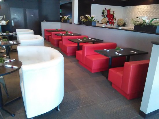 Nori Asian Fusion Cuisine Interior & Interior - Picture of Nori Asian Fusion Cuisine Fort Wayne ...