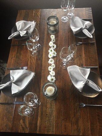 Seevetal, Jerman: Hola   Es gibt eine gute Wein Auswahl aus Spanien und sehr leckere Tapas so wie Steaks .....