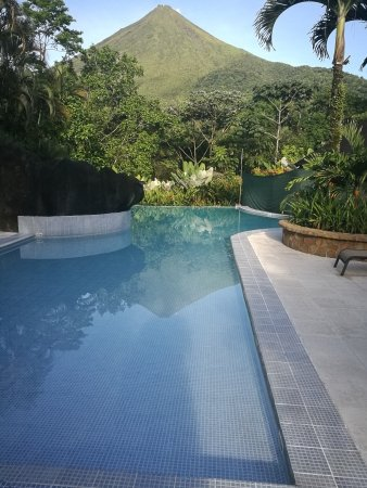 Hotel Lomas del Volcan: IMG_20170923_065015_large.jpg