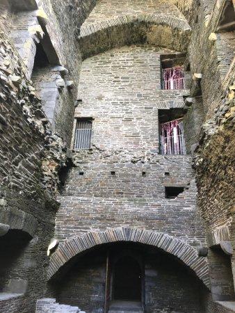 Carrigafoyle Castle: photo3.jpg