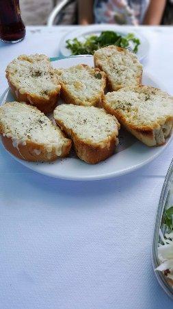 Agia Fotia, Greece: garlic bread