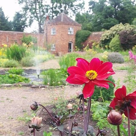 Middleton Hall: Walled Garden and nineteenth-century restored gazebo