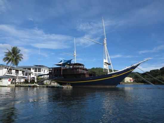 "Colonia, Stati Federati di Micronesia: die ""Mnuw"", mehr als nur ein Schiff"