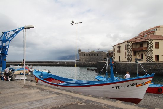 Plaza Charco: Harbour