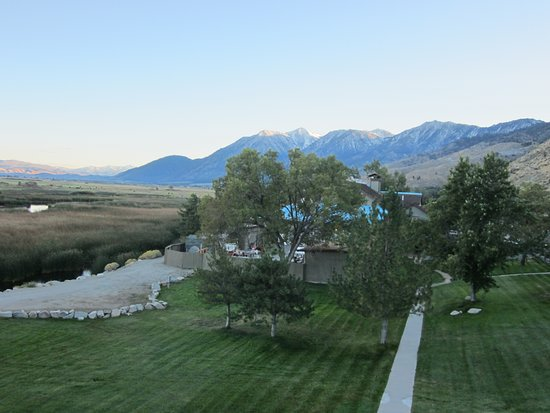 1862 David Walley's Hot Springs Resort and Spa: Beautiful views from our balcony