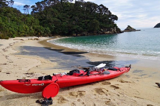 Marahau, New Zealand: Remote beaches are a must to explore!