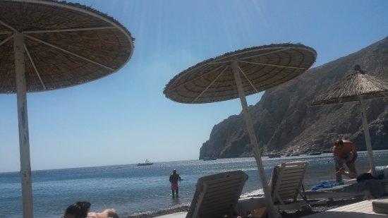 Afroditi Venus Beach Hotel & Spa: Hamacas de su zona de playa