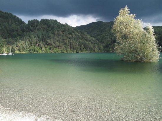 Minucciano, Италия: Lago Di Gramolazzo