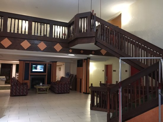 Ashland, NH: Front lobby -- floor 3 is up the stairs