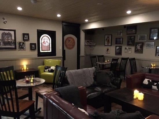 DiVine Cellar at The Bulldog Hotel Silver Star
