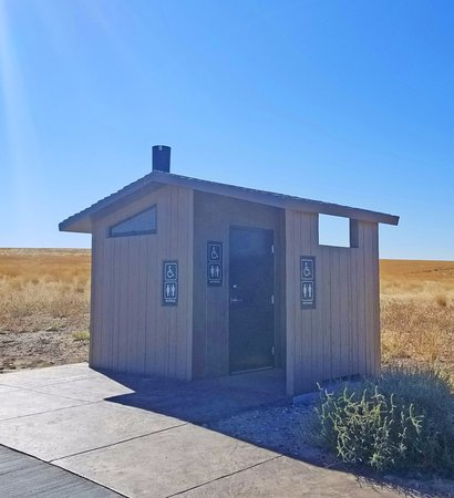 Bruneau, ID: Portable bathroom.