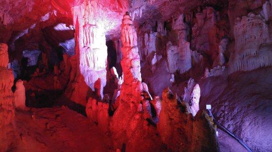 Zoniana, Yunani: Grottes de Sfentoni