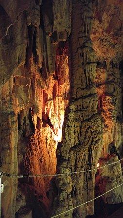 Ζωνιανά, Ελλάδα: Grottes de Sfentoni